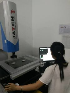Manual Vision Measuring System Made in China for Sale Applied to Mould Products′ Measurement pictures & photos