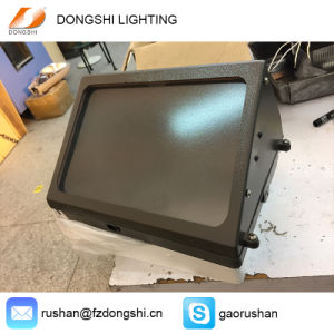 Flat Glass PC Lampshade Professional LED Wall Pack Lighting pictures & photos