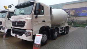 Chinese Heavy Duty Truck for Concrete Mixing pictures & photos