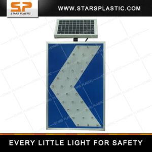 LED Traffic Arrow Directional Sign pictures & photos