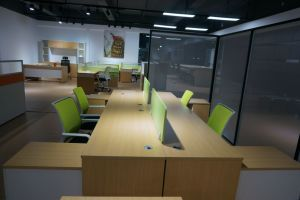 Wholesale Modern Partition Office Workstation for 4 Person pictures & photos