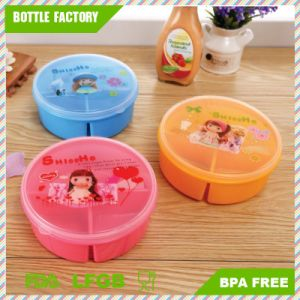 3 Compartments Food Container Round Shape Lunch Box Bento with Spoon Lunch Box Food Container BPA-Free pictures & photos