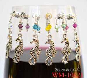 Lastest Design Sea Horse, Wine Glass Charm Made of Zinc Alloy and Crystal (WM-10621)