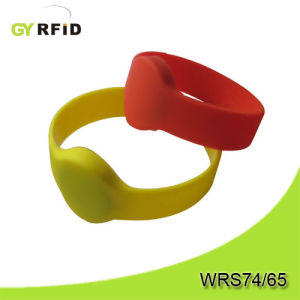 NTAG203 NFC Wristband, Nfc Bracelets for Water Park Ticketing System and Payment (GYRFID) pictures & photos