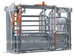 Heavy Duty Cattle Squeeze Chute with Hot DIP Galvanized Tube pictures & photos