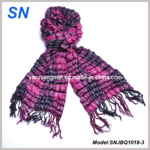 2015 Skinny Stripe Checked Winter Warm Ruffle Bubble Scarves pictures & photos