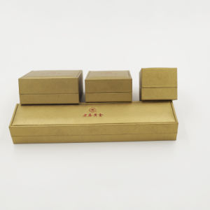 Velvet Leatherette Paper Gift Jewelry Packaging Box (J61-E2) pictures & photos