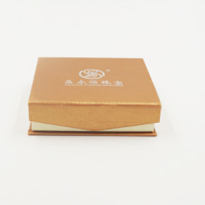 Italy Delicate Design Art Paper Kraft Paper Box for Bangle (J08-C1) pictures & photos
