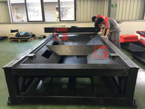Small Fiber Laser Cutting Machine for Metal Art and Crafts pictures & photos