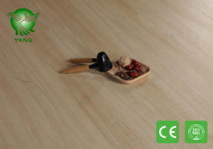 Wooden Healthy Luxury Lvt Click Flooring Planks with Fiberglass Non Toxic pictures & photos