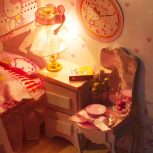 Mini Hello Kitty Bedroom Furniture by Hand pictures & photos