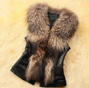 Women′s Fashion Cultivate One′s Morality Fake Fur Vest OEM Order pictures & photos