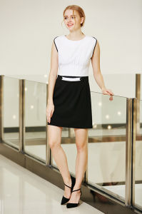 Elegant Black and White MID Waist Fitted Dress with Pleated Top Waist and Belt Loop Front pictures & photos