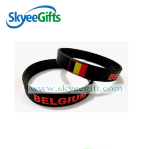 Personalized Silicone Wristband with Your Own Logo pictures & photos