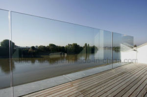 China Outdoor Frameless Glass Balustrade/Railing pictures & photos