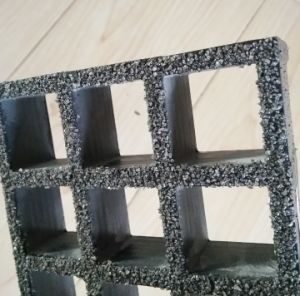 FRP/GRP Anti-Slip Grating, Fiberglass Gritted Gratings pictures & photos