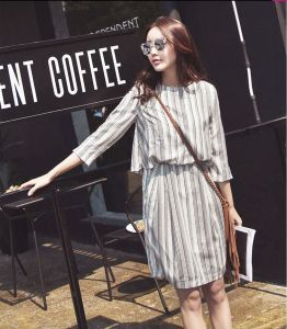 Latest Stripe Round-Neck Women′s Shirt Dress pictures & photos
