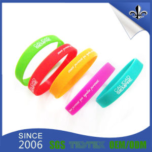 Best Selling Promotional Embossed Printing Silicon Wristband pictures & photos