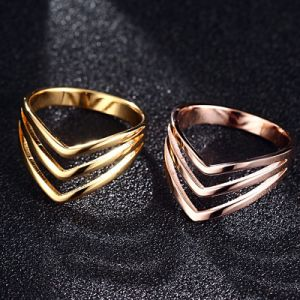 Fashion Jewelry Stainless Steel Layered V Shaped Women Finger Ring pictures & photos