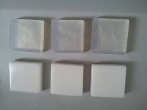 Natural Vegetable Oil Transparent Soap Base for Handmade Soap pictures & photos