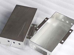 Precision Metal Sheet Fabrication Stainless Steel/Aluminum pictures & photos