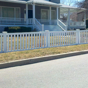 Easily Assembled PVC Picket Fence pictures & photos