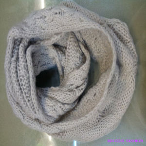 New Design 100% Arylic Winter Scarf pictures & photos