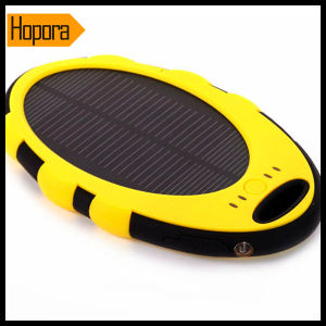 Portable Universal 5000mAh Waterproof Solar USB Travel Monbile Phone Charger pictures & photos