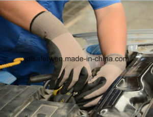 13 Gauge Nylon and Spandex Working Glove with Black Sandy Nitrile on Palm (N1613) pictures & photos