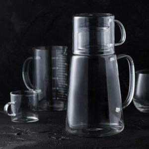 Creative Design High Borosilicate Glass Juice Jug Glass Pitcher pictures & photos