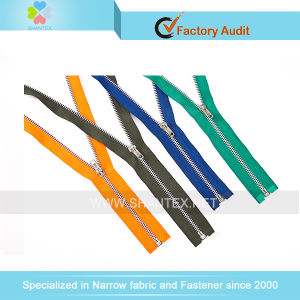 No. 5 Aluminium Zipper pictures & photos