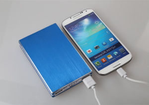 4000mAh High Quality External Super Thin Power Bank (CP01036) pictures & photos