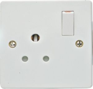 European Switched Socket / Round-Pin Socket pictures & photos