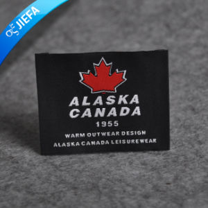 China Factory Custom Stain Garment Woven Label pictures & photos