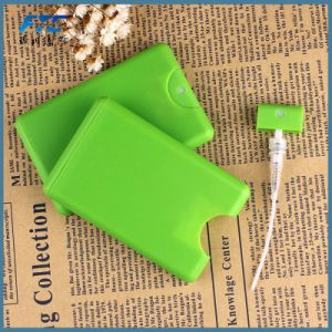 Special Shape Square Flat PP Credit Card Perfume Bottles pictures & photos