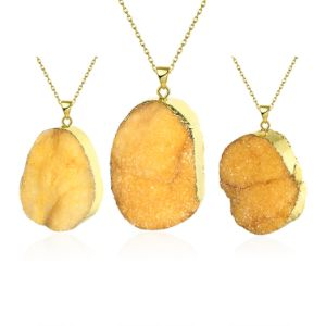 Fashion Jewelry Yellow Crystal Natural Stone Pendant Necklace Gold Plated pictures & photos