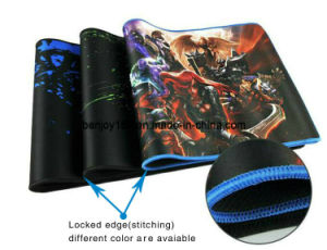 Big Large Size Gaming Mouse Pad with Soft Fabric Top pictures & photos