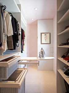 European Tranditional Projects Apartment Bedroom Wooden Closet Wardrobe pictures & photos