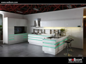 2017 Welbom Modern High Gloss Kitchen Furniture and Kitchen Cabinet pictures & photos