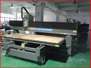 Mintech China CNC Engraving Machine with Vacuum Working Table pictures & photos