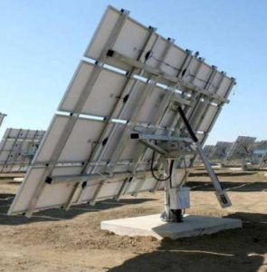 Dual-Axis Solar Tracking System pictures & photos