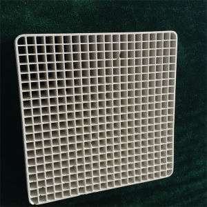 400 Mesh Honeycomb Ceramic Substrate Ceramic Honeycomb Catalytic Carrier for Industrial Exhaust Gas Purification pictures & photos