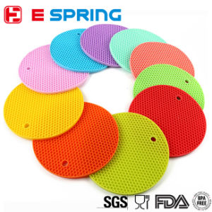 Flexible for Home Use Hot Pot Mat Silicone Insulation Pad pictures & photos