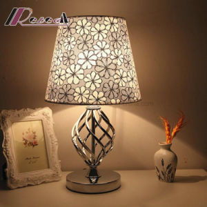 European Polished Sliver and Nickel Table Desk Lamp for Hotel pictures & photos