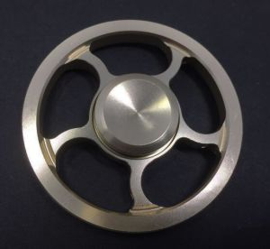 Fidget Toy Spinner, Relieves Anxiety Toy, Stress Relief, Finger Spinner Hand Spinner Toy, Fast Bearing Focus Toy for Killing Time, Relax for Children and Adults pictures & photos