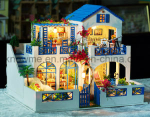 Miniature Wooden Villa Doll House DIY Toy pictures & photos