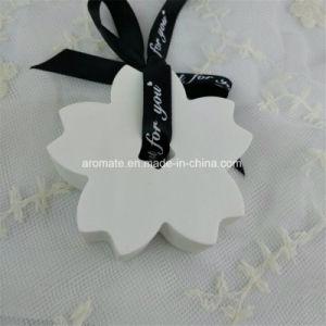White Sakura Scented Ceramic Home Aroma Diffuser (AM-141) pictures & photos