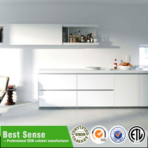 Factory Outlet High Gloss Kitchen Cabinets Lacquer Kitchen Furniture pictures & photos