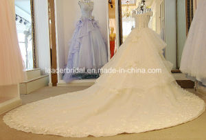 Beading Bridal Ball Gowns Tiered Lace Sheer Wedding Dress Lb281 pictures & photos