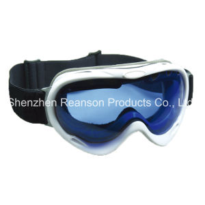 Reanson Double Lenses Anti-Fog UV Protection Snow Goggles pictures & photos
